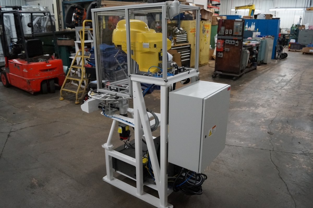 Fanuc M-1iA/0 5A R-30iA 7 Axis Spider Robot Cell